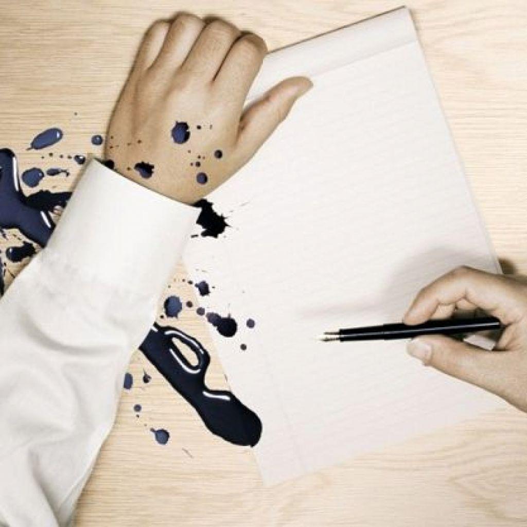 Стирка белой одежды, в пятнах от ручки – поможет спирт!