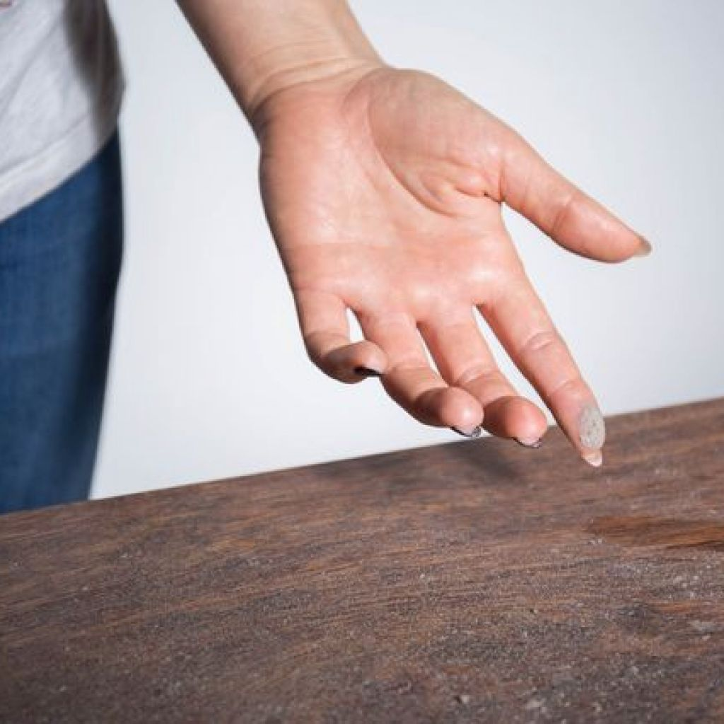 Чем опасна пыль в доме – как избавиться