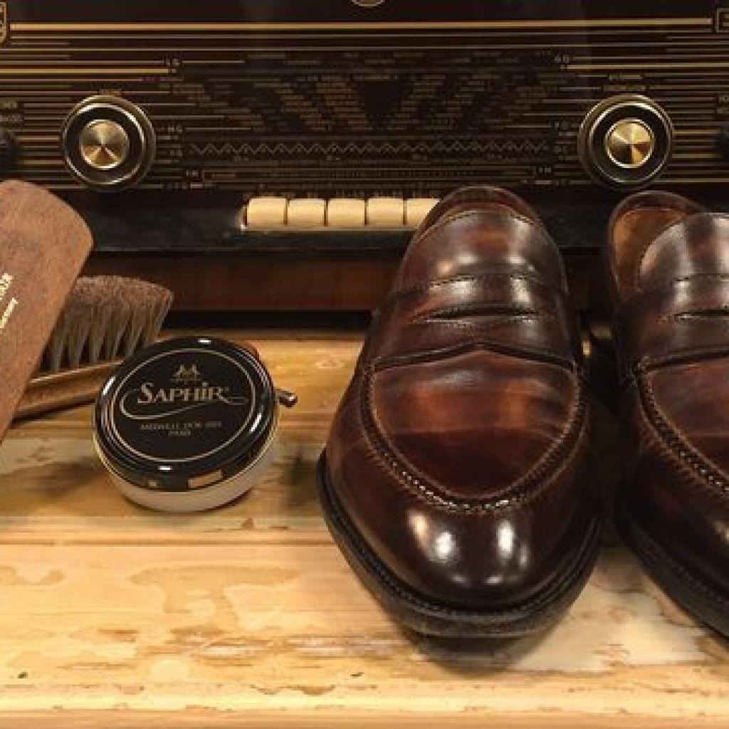 Как ухаживать за кожаной обувью
