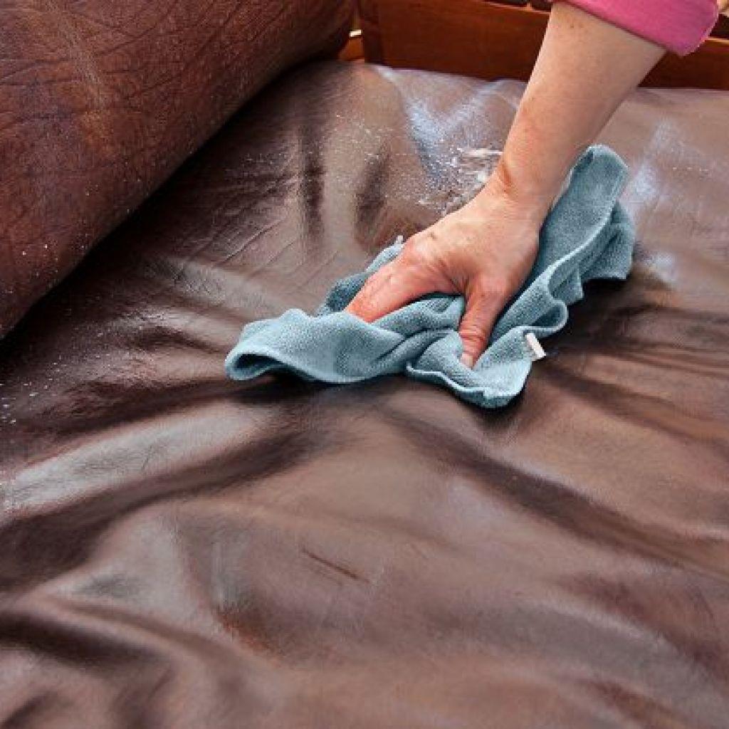 9 средств очистить диван из кожи в доме
