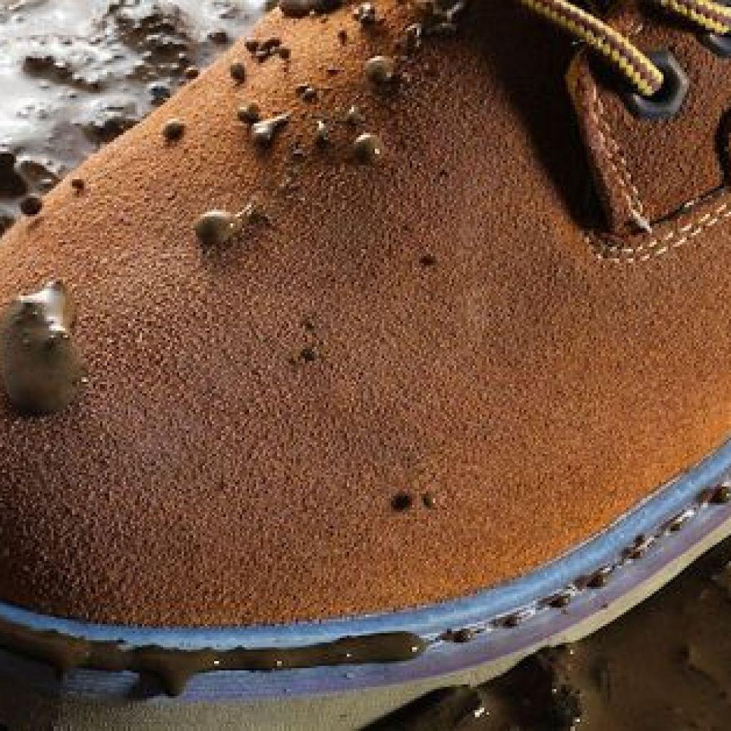 Бережный уход за замшевой обувью – это нужно знать!