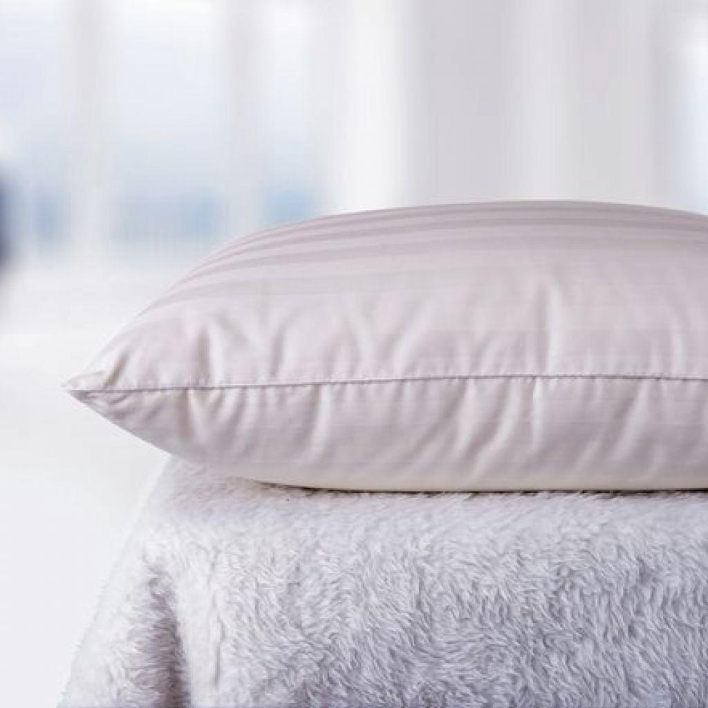 3 известных способа стирки пуховых подушек в машине