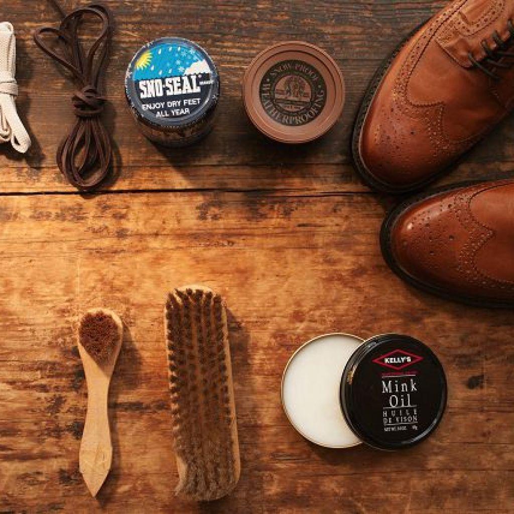 Минимум средств по уходу за обувью – дельные советы