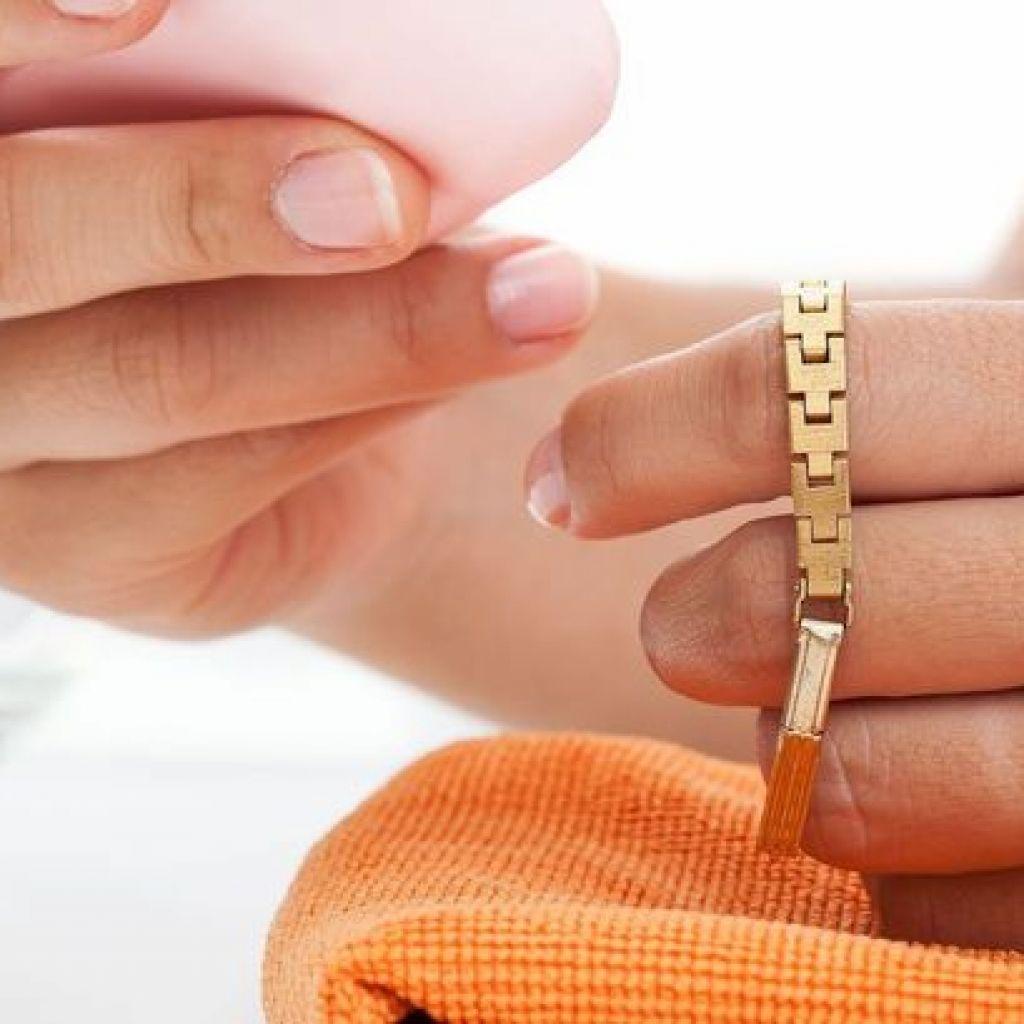 Чистка золотой цепочки своими руками – поможет зубная паста!