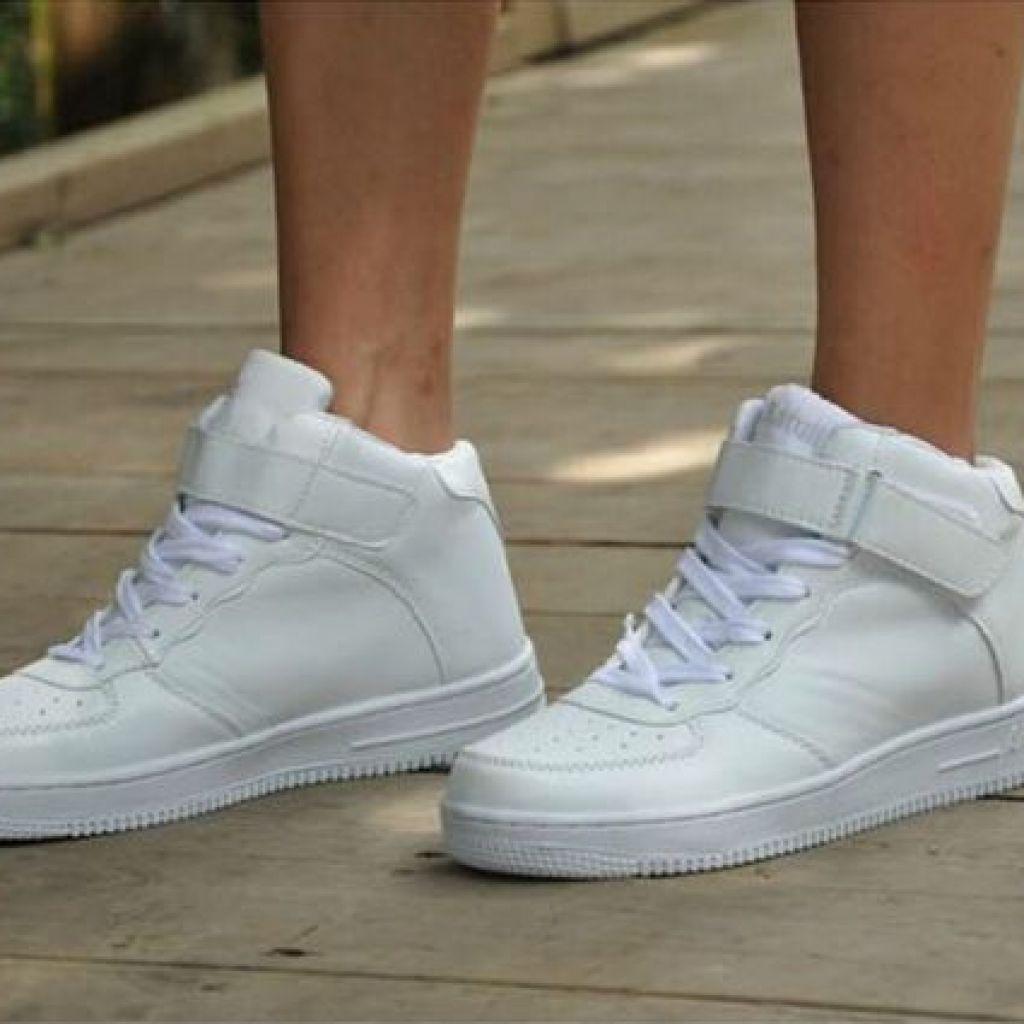 Как ухаживать за белыми кроссовками в домашних условиях