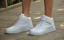 Лучшее средство для чистки белой обуви – сода и уксус!