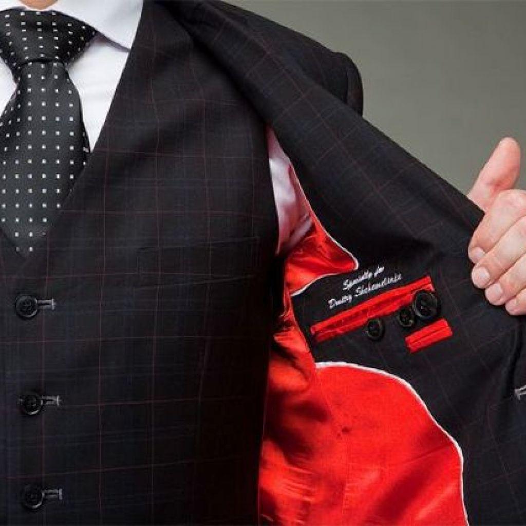 7bdfbb8b5 1024x1024 - Как стирать пиджак