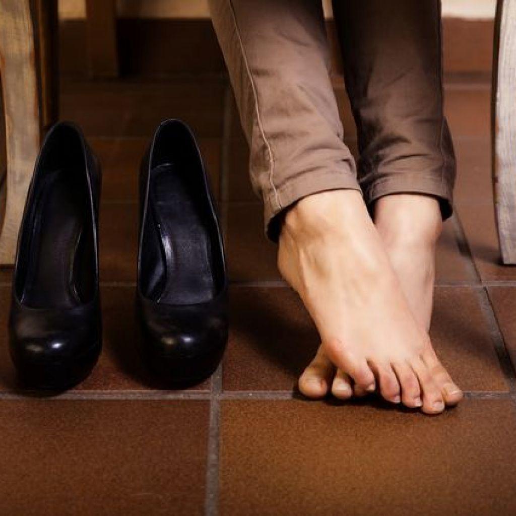 Как растянуть туфли в домашних условиях