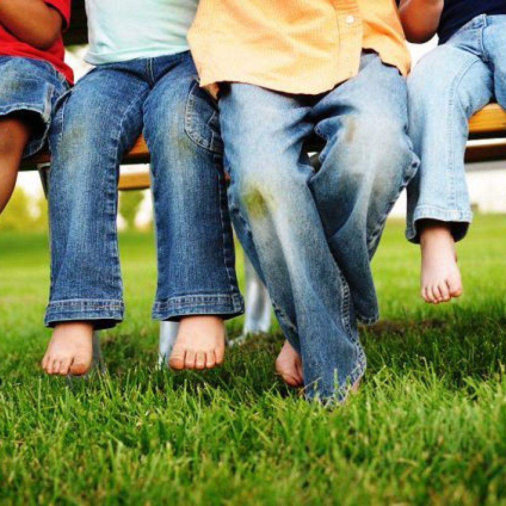 Чем можно удалить пятна травы с джинсов – народные способы!