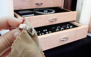 Чистить белое золото бережными способами в домашних условиях – легко!