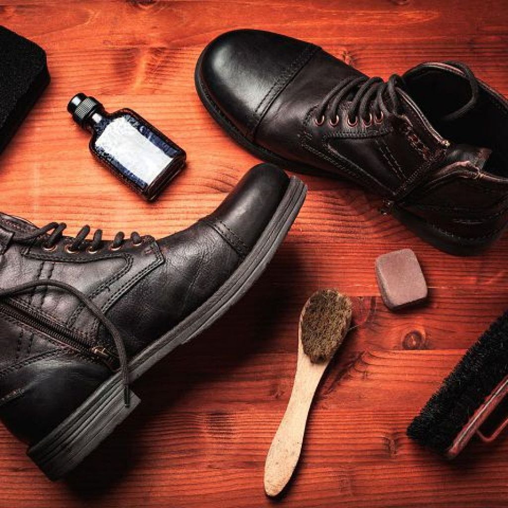 Народные средства по уходу за кожаной обувью – экономия!