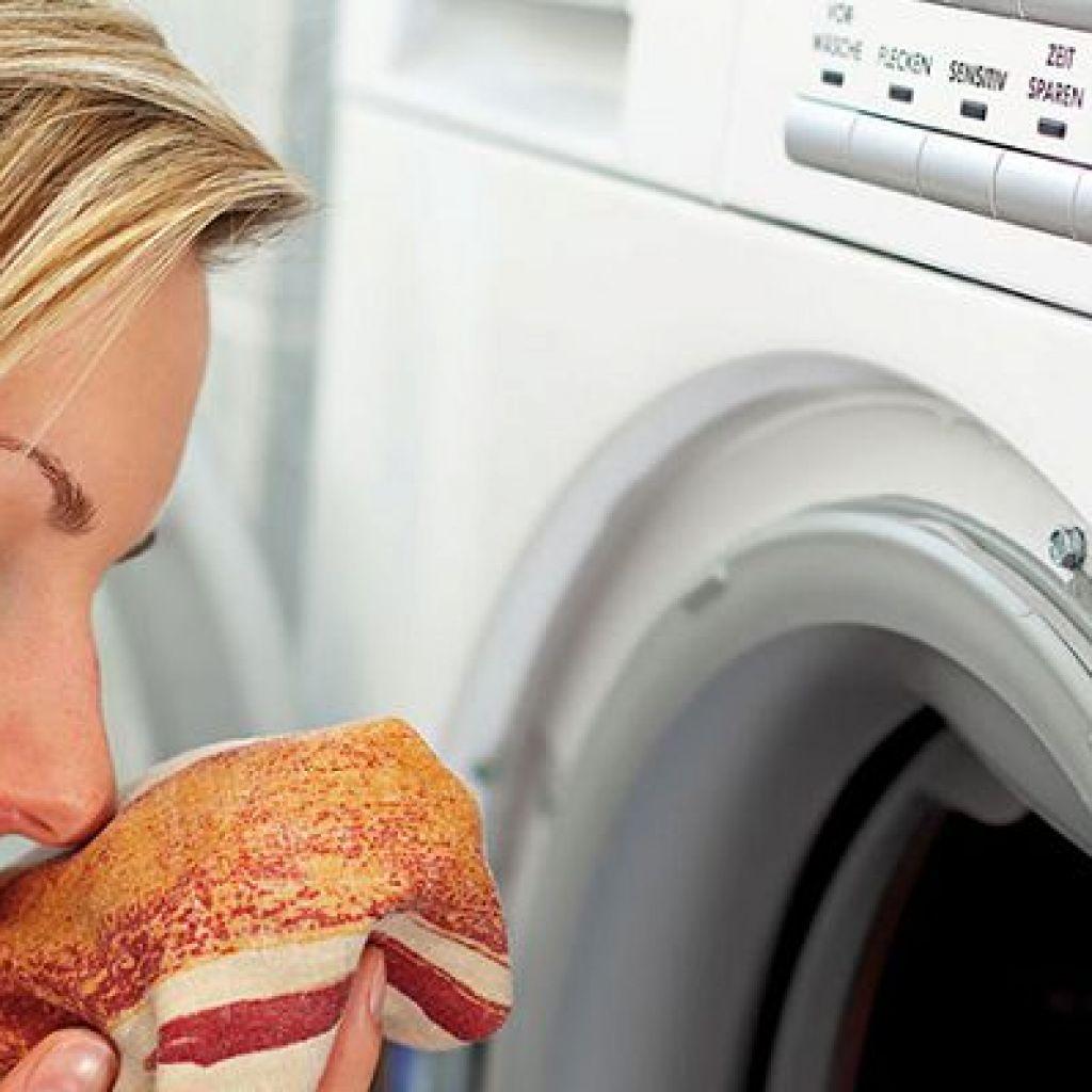 Как убрать запах в стиральной машине простыми средствами