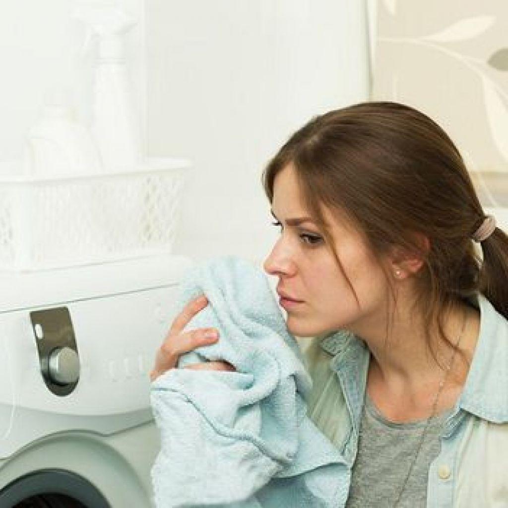 Как убрать неприятный запах и плесень из стиральной машинки – лучшие советы