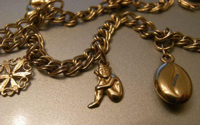 Чистка золотых изделий в домашних условиях