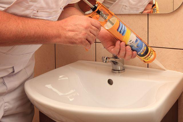 Как убрать герметик