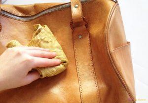 Чистка кожаных вещей