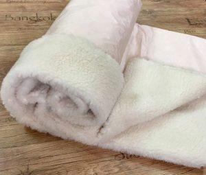 Как стирать одеяло из овечьей шерсти