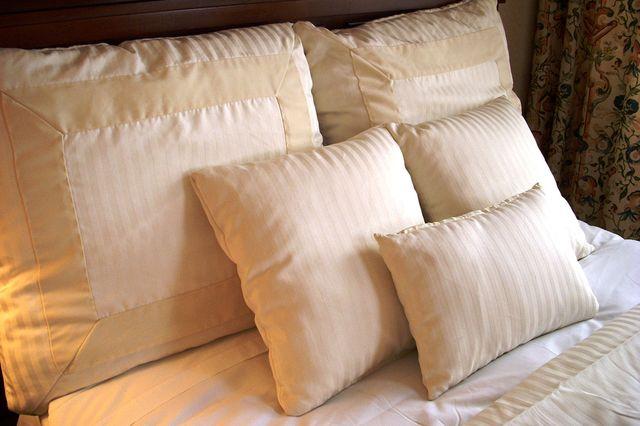 Пуховые подушки
