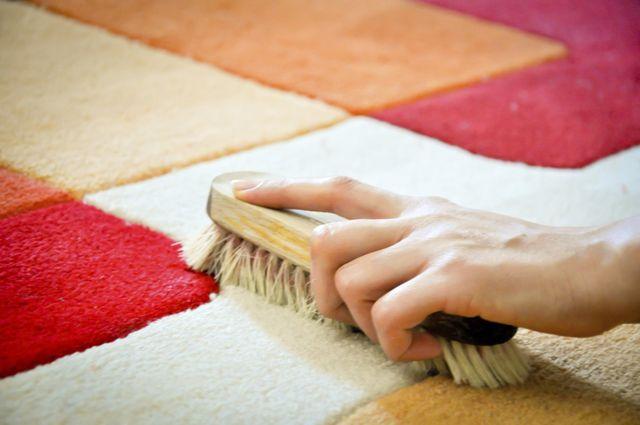 Как хорошо почистить палас в домашних условиях 129