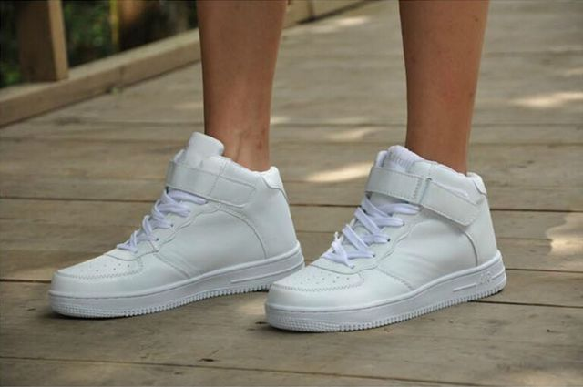 Средство для очистки белой обуви
