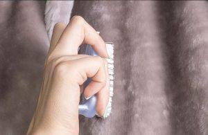 Чистка искусственного меха